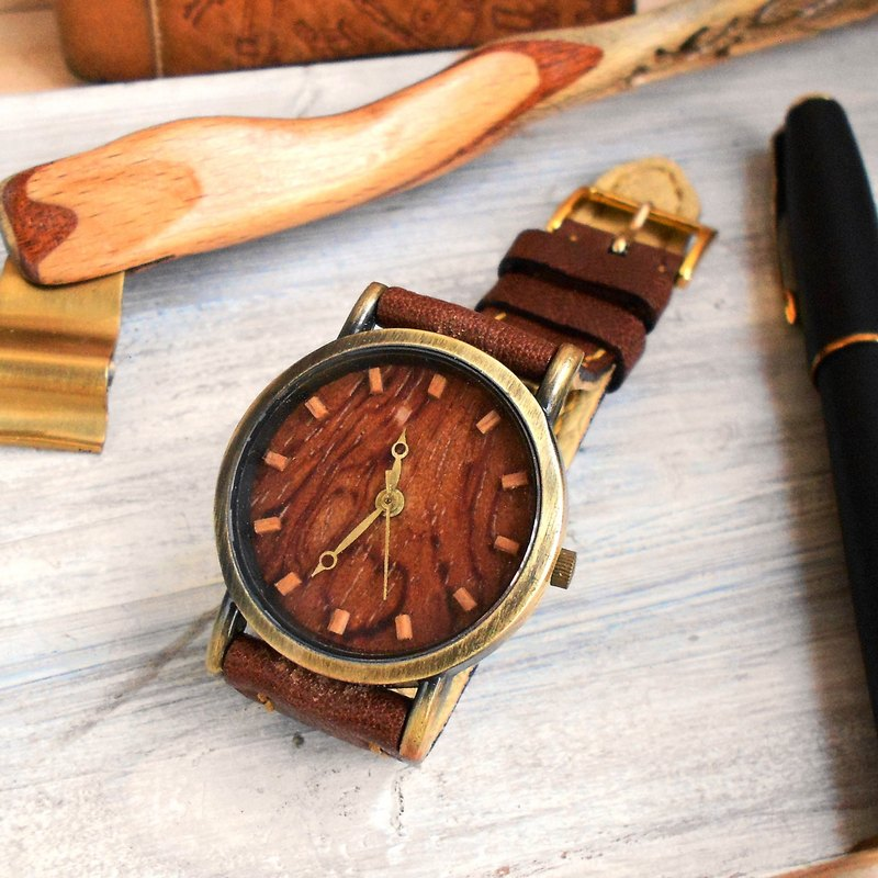 Hand-made rotating cutting rosewood grain exquisite beech wood standard hand-stitched leather strap limited only one