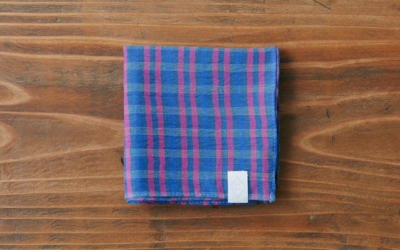 Linen cotton ahead dyed check handkerchief blue × pink