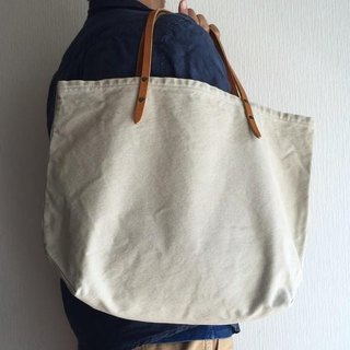 Bio Wash No. 8 canvas and extreme thick oil tote bag [beige]