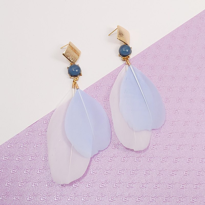 Daqian Design Fashion Blue and White Holiday Feather Earrings/Needle Party Music Festival Valentine's Day