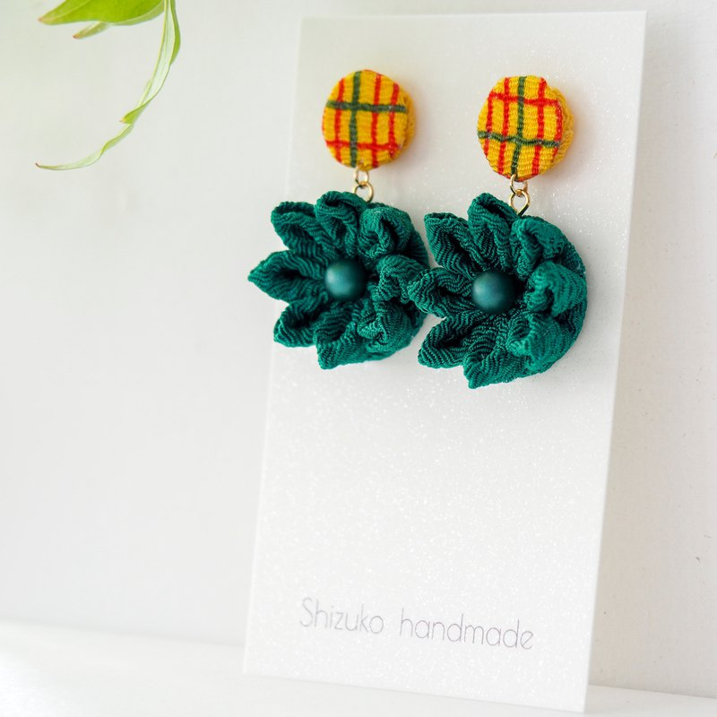 Playful Pine Green Flower Earrings Clip-on 14KGF, S925 custom