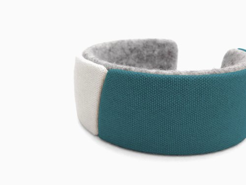 Unique canvas bracelet, Kawaii bangle,3D print, 3D printing, 3D printed, Gift for women, felt natural unbleached【ターコイズ】
