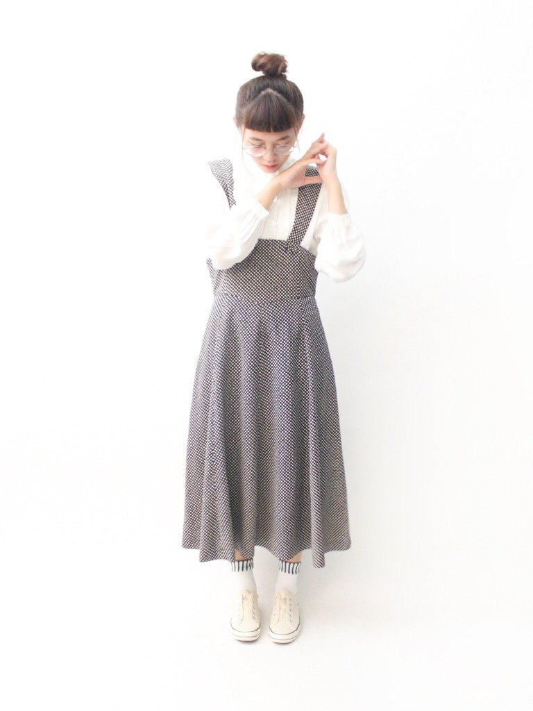 【RE0809D1357】 summer Japanese system complex sweet little bit black strap sleeveless dress