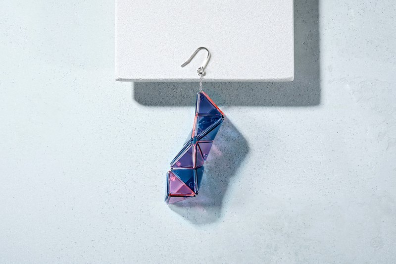 Swing-Pink/Navy-Earring