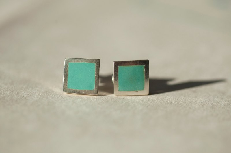 Square 珐琅 earrings - lake green