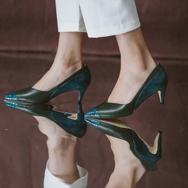 Double leather stitching V mouth leather thin low heels green serpentine