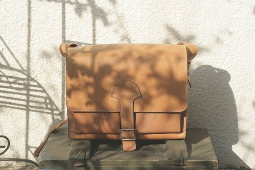 Leather bag _B047