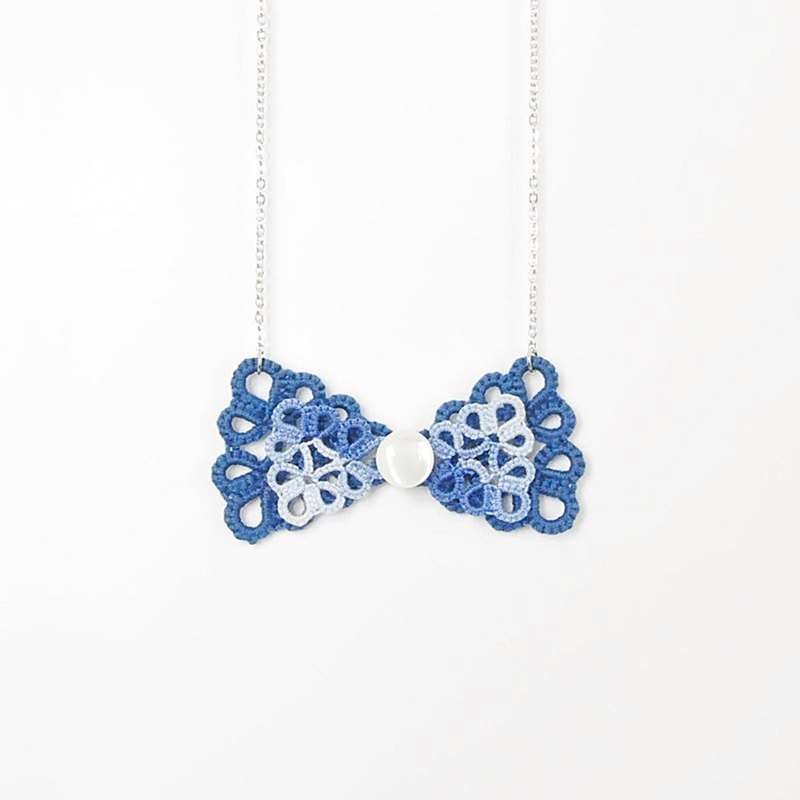 [customized] double bow blue woven necklace Tatting Bow Necklace