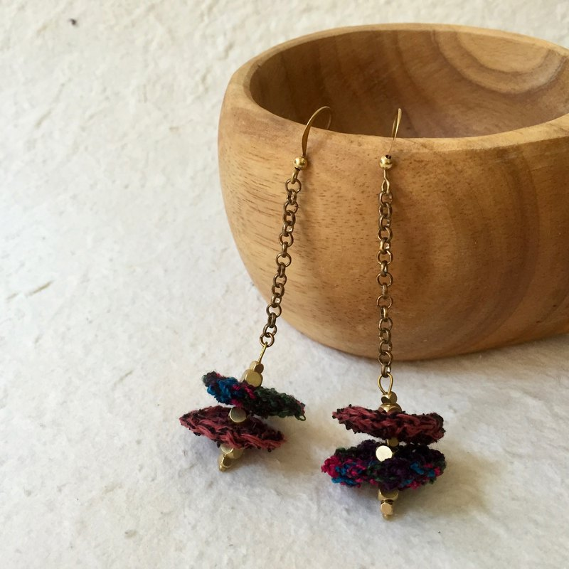 Crochet duo colour macaron dangling earrings -Burgundy x midnight tweed