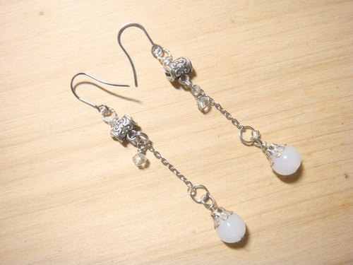 Grapefruit forest handmade glass - drunk spring (fog white) - long earrings - (can be clipped to increase the price)