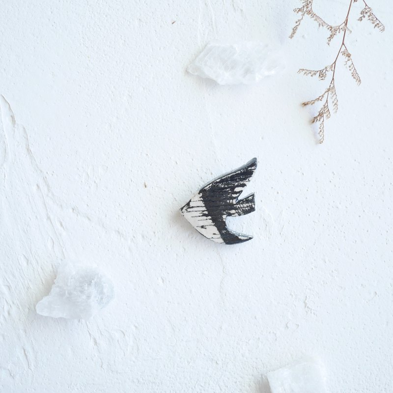 Pin | black flying bird