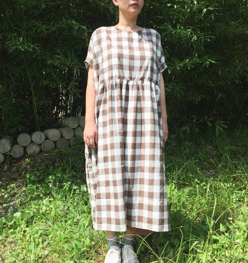 Limited! The Korean clothing high waist wide structure lattice long dress