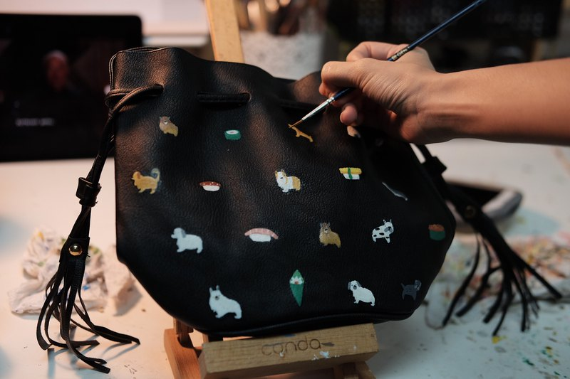 Dogs and sush Mini Bucket Bag