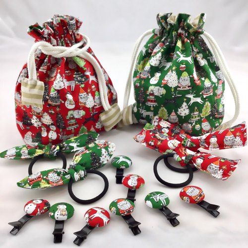 Red with green, Christmas fun ---Buckle hairpin--- Scarf / Clothes / bag decorative clip