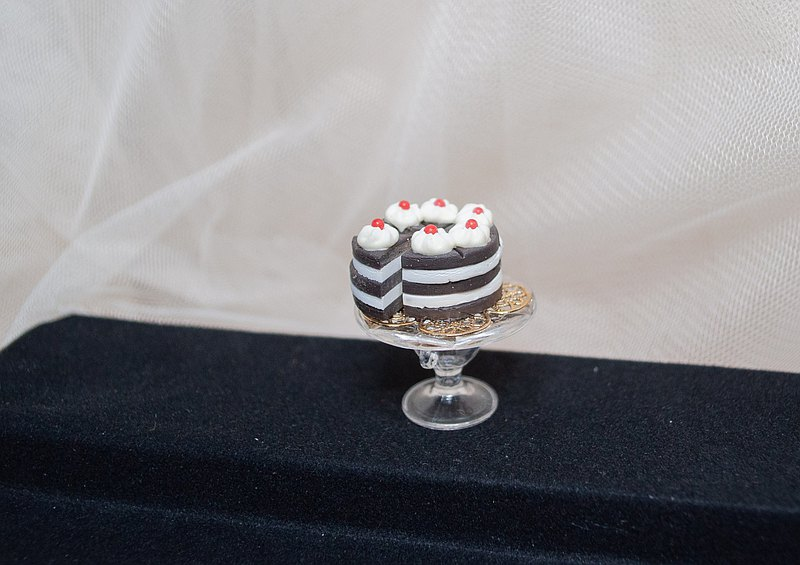【生活日常】袖珍高腳盤手工蛋糕・巧克力鮮奶油蛋糕軟陶模型