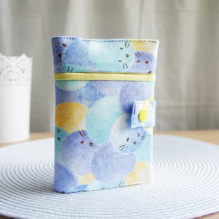 Lovely【Japanese cloth custom】animal hair ball rolling passport cover 10X14 centimeters E