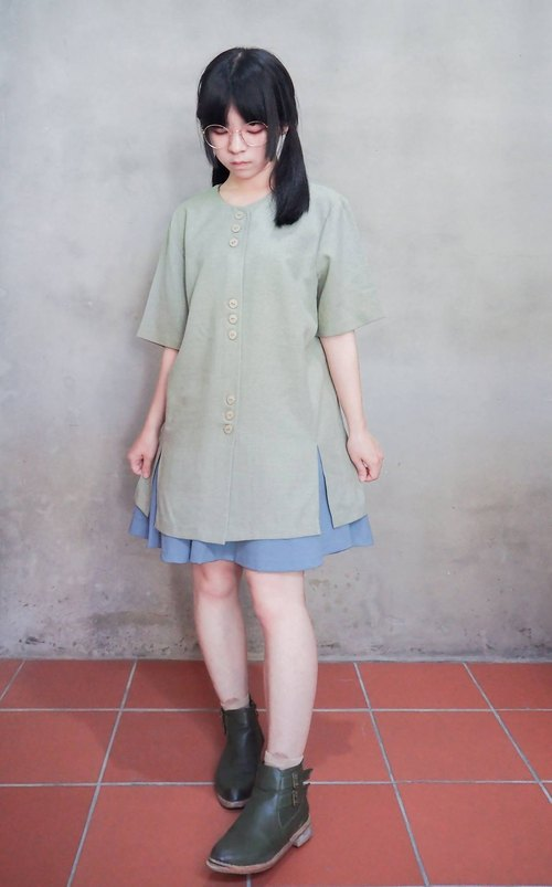 Vintage | celadon green long round neck T-shirt