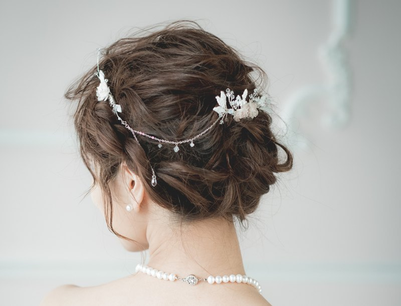 Three Graces Floral Hair Comb / Bridal Headdress / Handmade Accessories