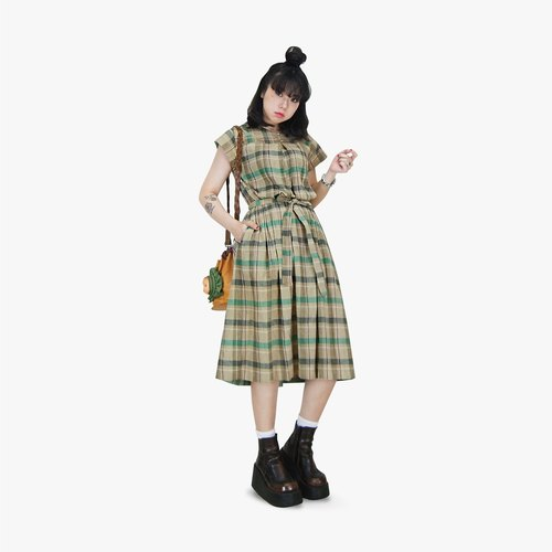 A‧PRANK: DOLLY :: retro VINTAGE earth system light soil color green blue checkered short-sleeved ancient dress