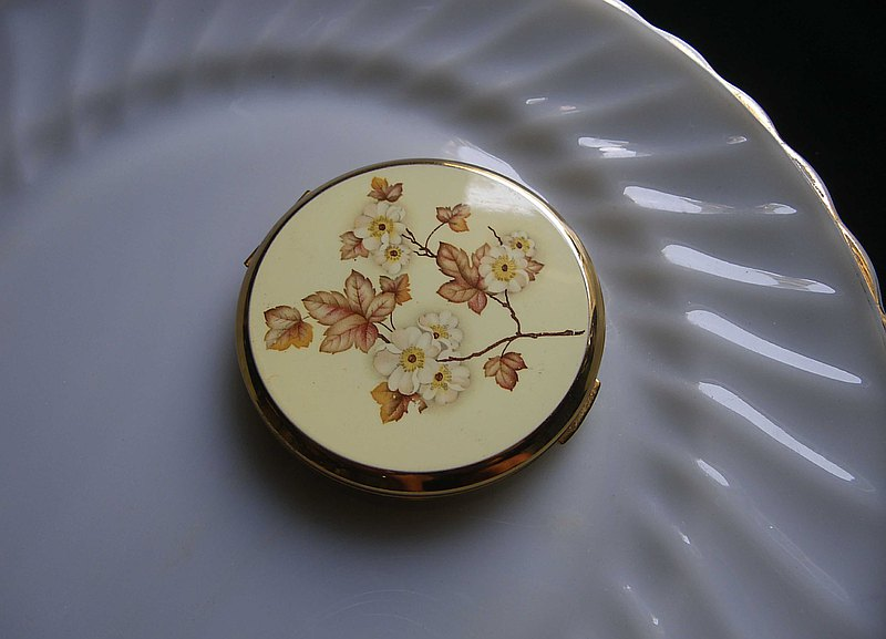【OLD-TIME】 Early England powder mirror box