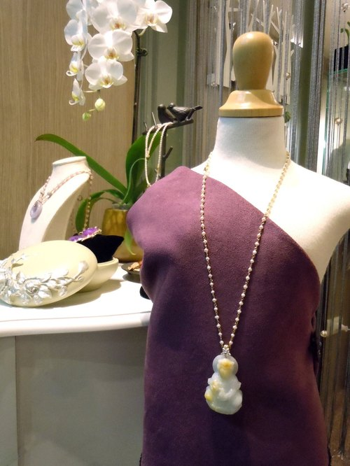 Free Jingping Guanyin | natural honey yellow jade pearl 22K gold silver original designs sold exclusively handmade necklace | Salina Ma