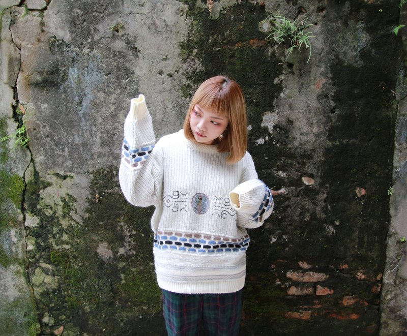 Back to Green:: 古典的維多莉雅  vintage sweater (ST-01)