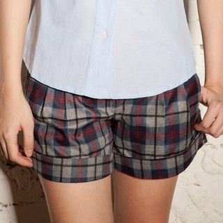 Pleated scotch check A-line shorts