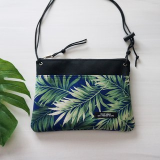 tropicalleaf shoulder bag