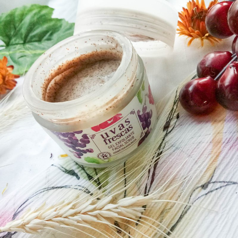 Grape Seed Apricot Seed Exfoliating Cream - Uvas Frescas Spanish Organic Wine Grape Care