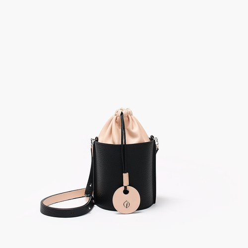 Bodhi said FOSTYLE first layer leather handmade leather new shoulder bag Messenger bag cylinder beam bucket bag pink stitching black