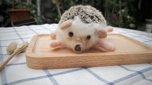 Needle Felt Animal Pet Hedgehog Portrait Commemorate Life-size (custom-made)