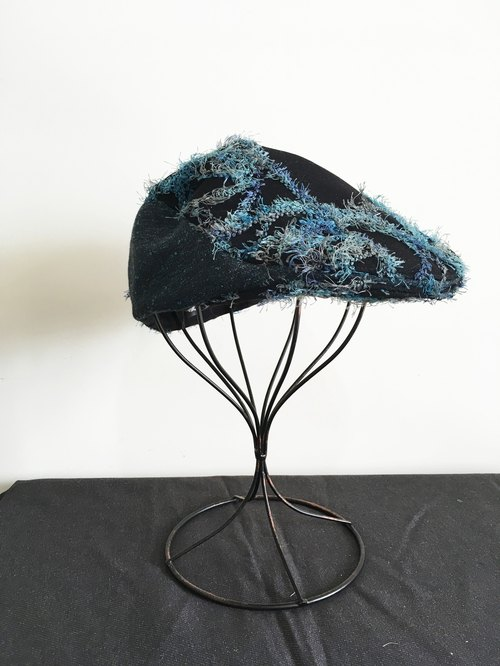 [] Qucky seaweed swaying / hunting cap