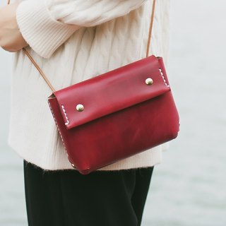 [Tangentialism] ★ small eyes ★ handmade leather handbag Shoulder Messenger Bag small bag magnetic buckle opening and closing