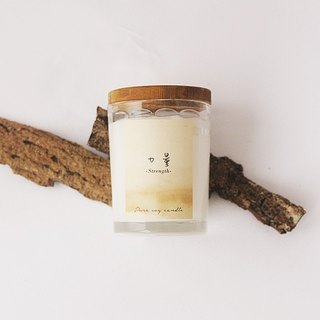 4th Floor Apartment - Natural Soybean Oil Candle - Strength Strength - Soothing woody notes