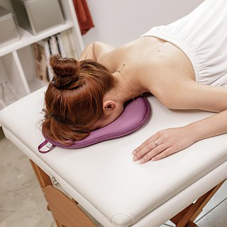 Double-sided face pillow-SPA massage special _ personal 趴 lying prone release anti-fouling beauty finger pressure body use