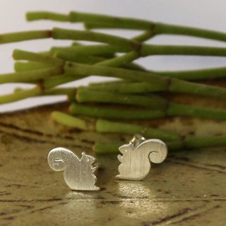 Squirrel - Silver Earrings (Sterling Silver) ต่างหูกระรอกน้อย / Earrings /耳環 / 銀