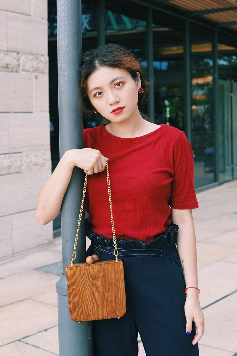 Wood Bag Institute Niche texture literary chain Messenger bag ancient girl bag minimalist semi-circle saddle bag Van Gogh