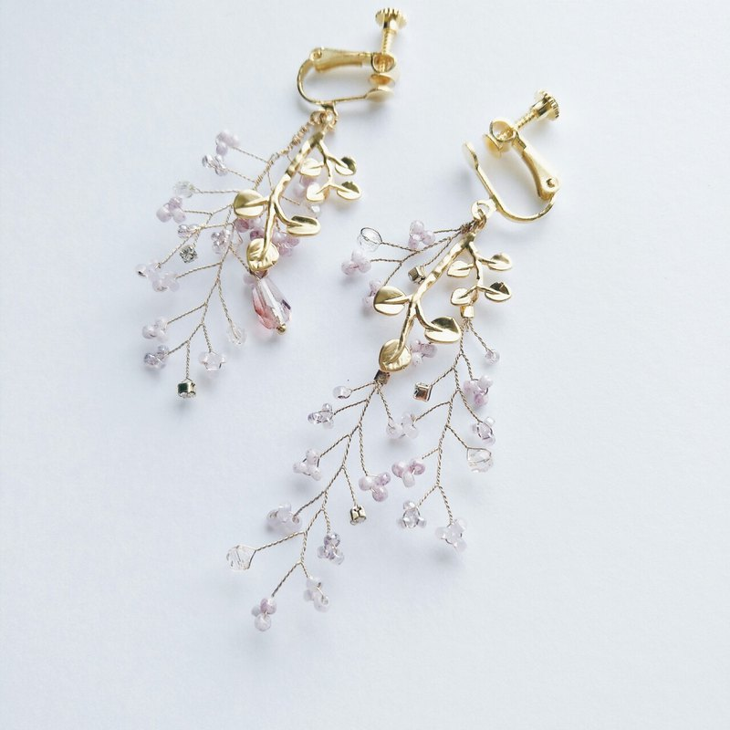 Momolico peach lily romantic flower gold branch purple earrings can be clipped