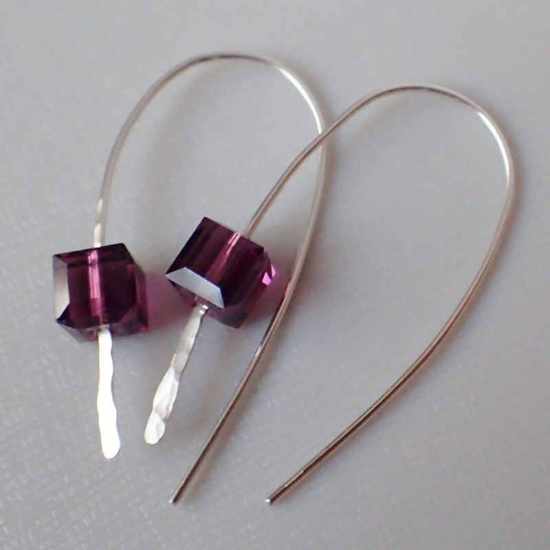 ear hooks , 999-Fine Silver and 6mm Cubes of SWAROVSKI ELE