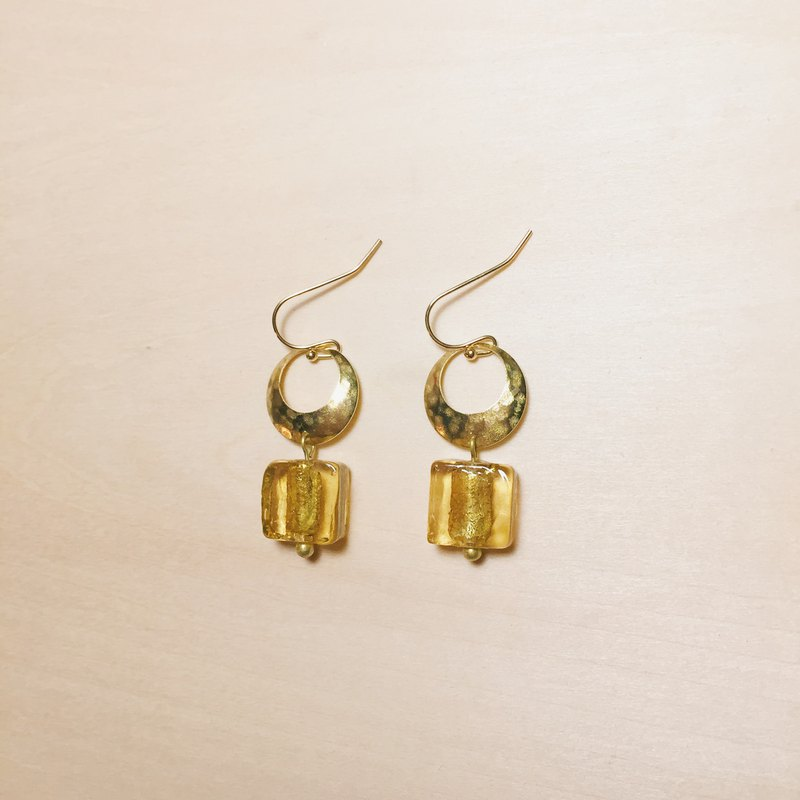 Vintage amber square glass hollow circle earrings