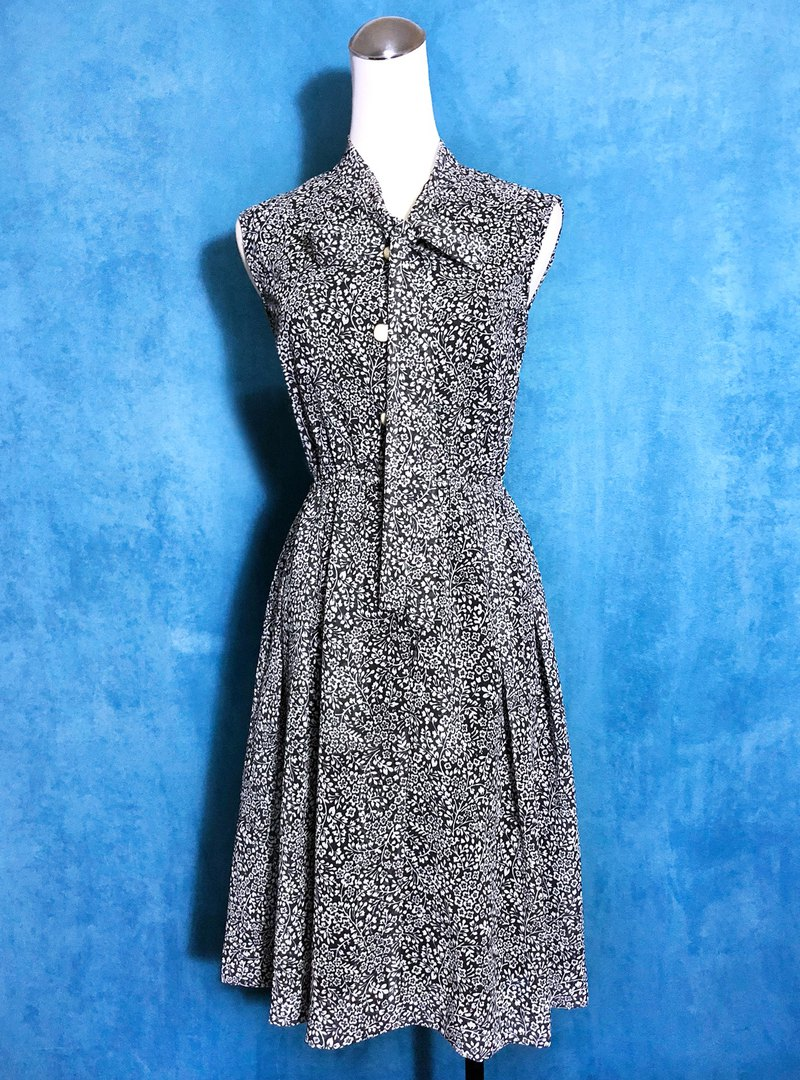 Bow tie flower sleeveless vintage dress / abroad to bring back VINTAGE