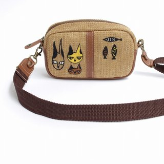 3 Cat Embroidery / Shoulder Pouch