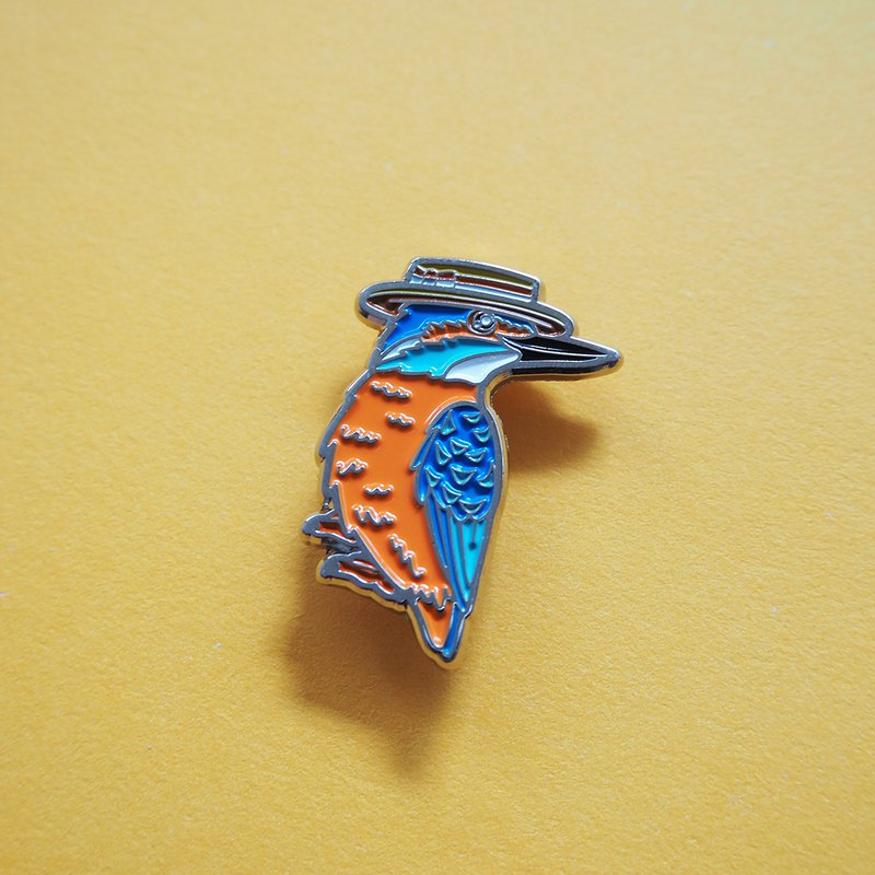 Kingfisher in a Boater Pin Badge