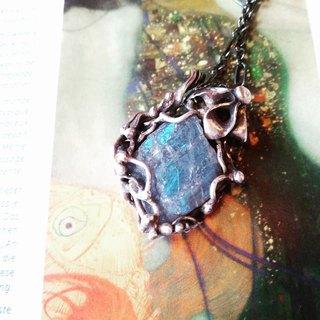 Natural stone blue labradorite sterling silver hand-made pendant