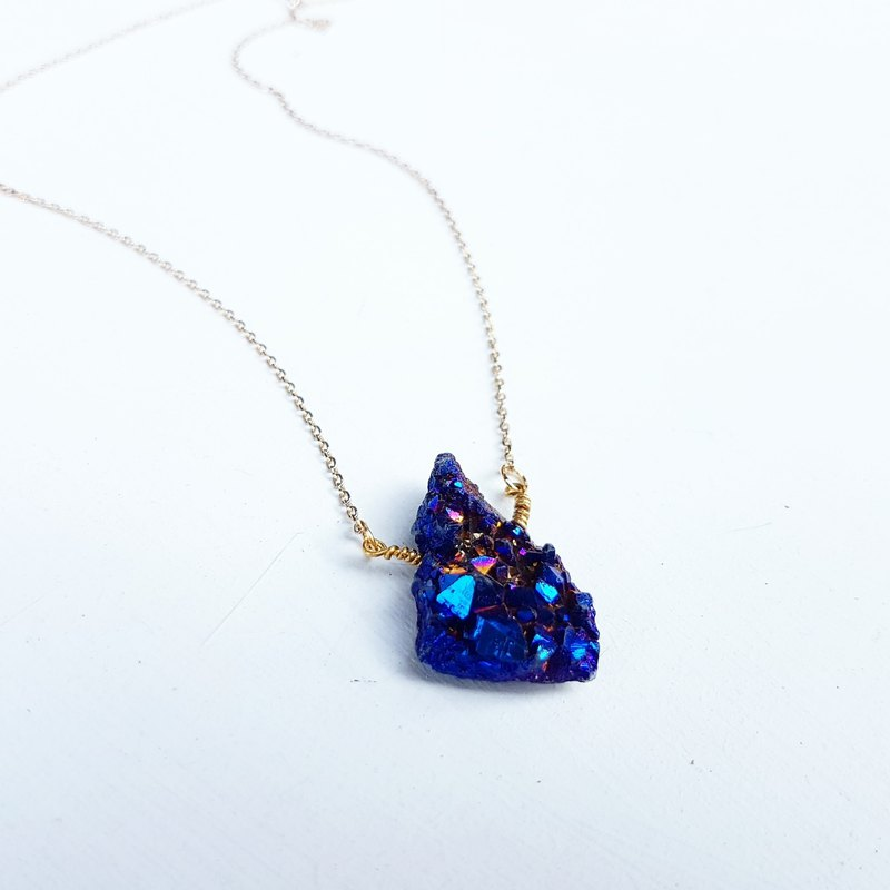 Exclusive Starry Galaxy Series Only One Mini Royal Blue Purple Quartz Stone Clavicle Short Neck Necklace