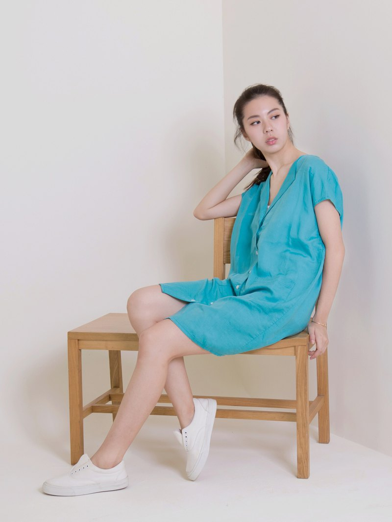 Opened cotton and linen dress