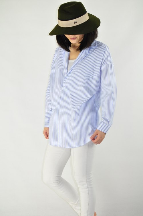 Flat 135 X Taiwanese designers series long-sleeved white shirt shirt-style jacket blue line through the thickness of the spring will not loose money