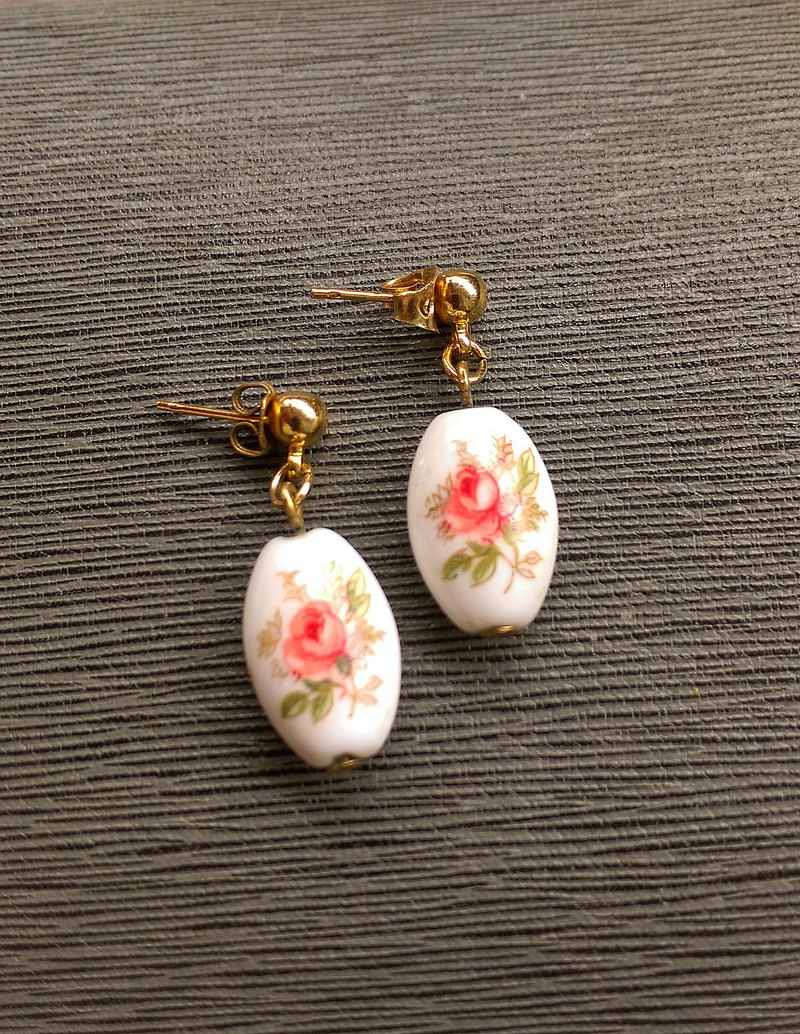 Western antique ornaments. Small fresh rose pin earrings