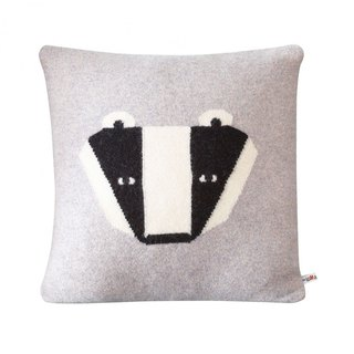 Badger pure wool pillow | Donna Wilson