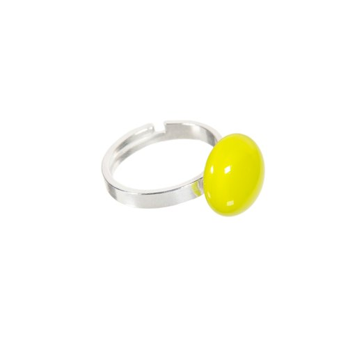 Handmade glass ring in lemongrass colour